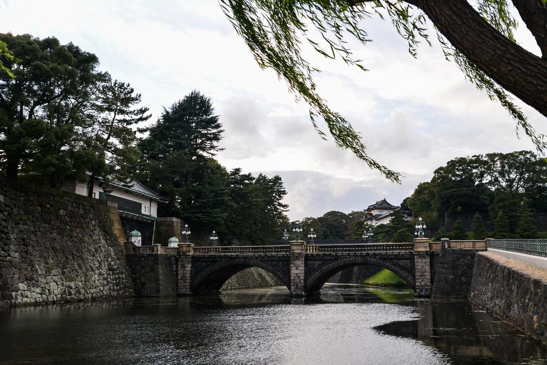 Nijubashi (二重橋) - Double Bridge